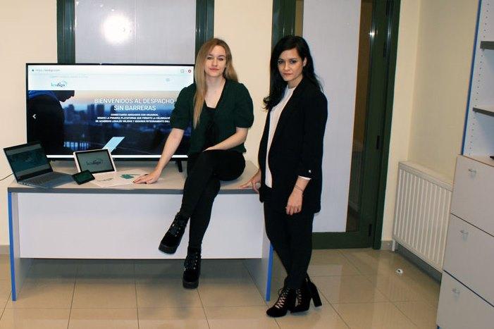 Leticia y María Seara vienen de lanzar la plataforma Lexdigo.